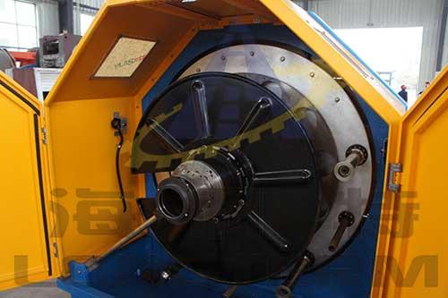 Aluminium Strip Interlock Armouring Machine